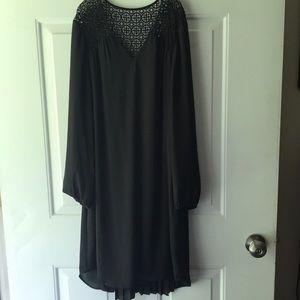 DR2 black long-sleeve dress